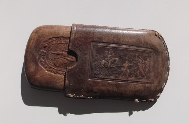 Petaca de tabaco traída por Pedro Campo desde África (1.923)